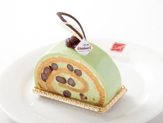 抹茶と栗のロールケーキ
