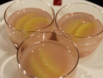 桃のフルーツ水羊羹
