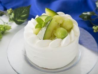 北海道産高級メロンの贅沢ショートケーキ